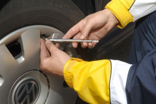 INFLATE YOUR TIRES, SAVE GAS AND SAVE MONEY